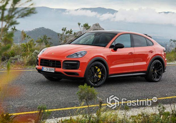Базовый вариант Porsche Cayenne Coupe 2020