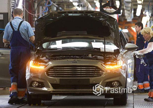 Форд в России намерен уволить работников