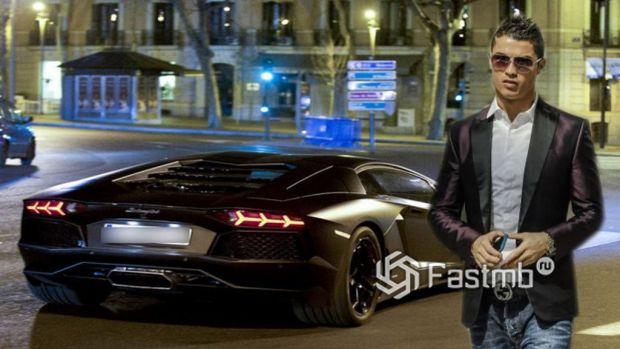 Автомобили Криштиану Роналду: Lamborghini Aventador LP 700-4