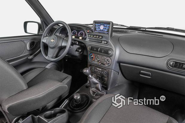 Интерьер обновленной Chevrolet Niva 2019