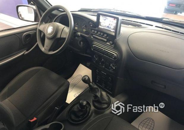 Передняя панель внедорожника Chevrolet Niva 2019