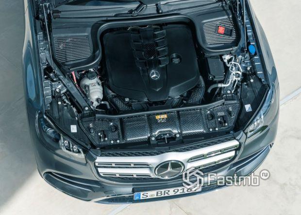 Бензиновый V8 двигатель Мерседес GLS 2020