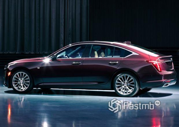 Cadillac CT5 2020, вид сбоку