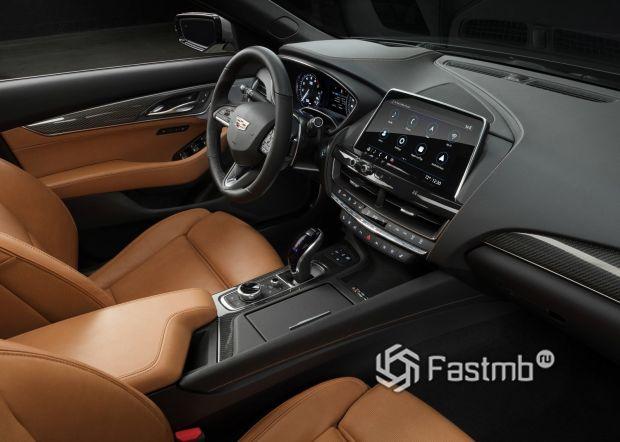 Интерьер Cadillac CT5 2020