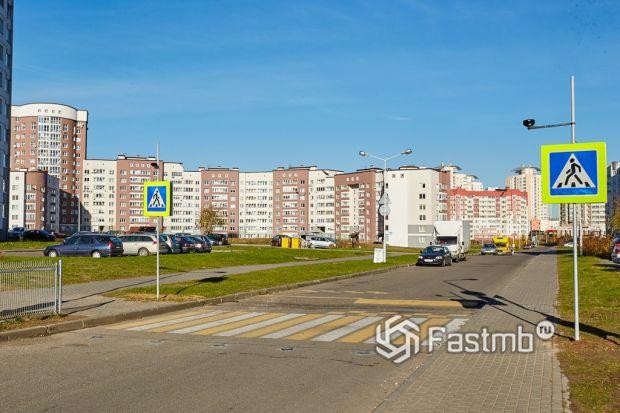Пешеходные переходы в Беларуси: как можно перестараться при решении проблем