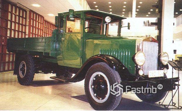 один из первых грузовичков Scania