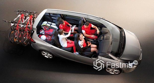 ТОП-10 автомобилей для большой семьи