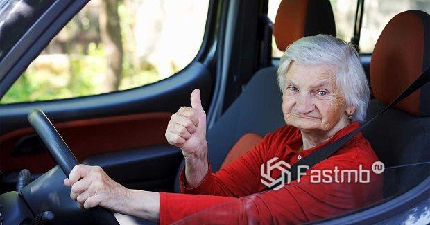 пожилые водители на дорогах Финляндии