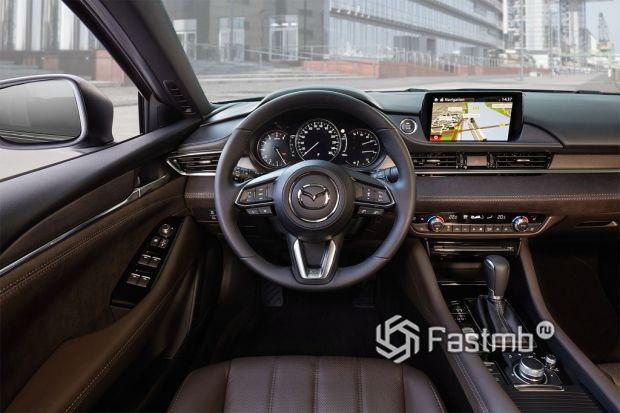 внутреннее оформление Mazda 6
