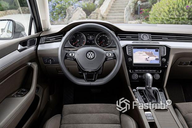 Внутреннее оформление VW Passat