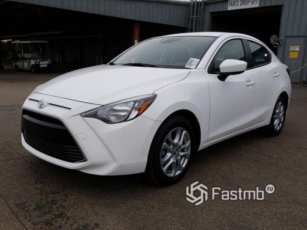 Седан Toyota Yaris 2018