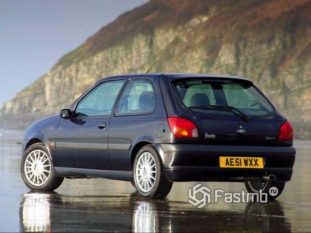 4 поколение (1995-2002) Ford Fiesta
