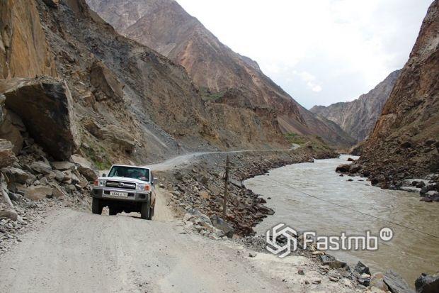 по Таджикистану на автомобиле