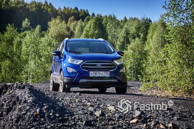 Ездовые качества Peugeot 2008 и Ford EcoSport