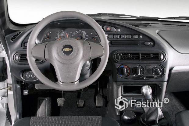 интерьер Chevrolet Niva