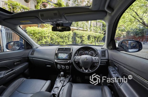 интерьер Mitsubishi ASX 2017