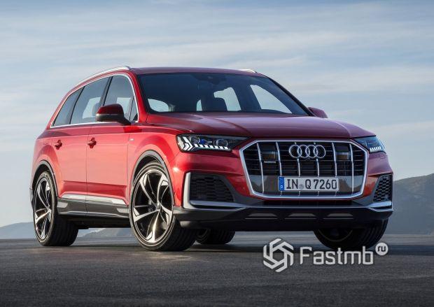 Обновленный Audi Q7 2020