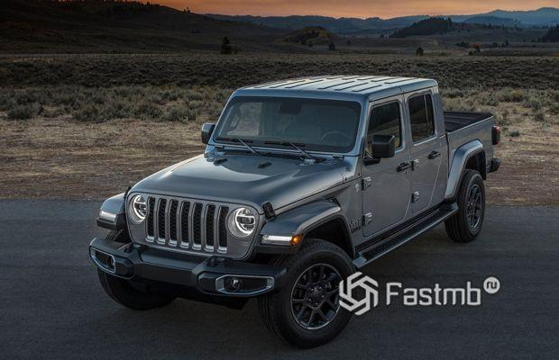 Новый пикап Jeep Gladiator 2020