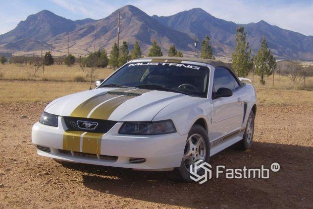 4 поколение Ford Mustang