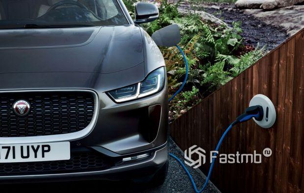 Технические характеристики Tesla Model X против Jaguar I-Pace