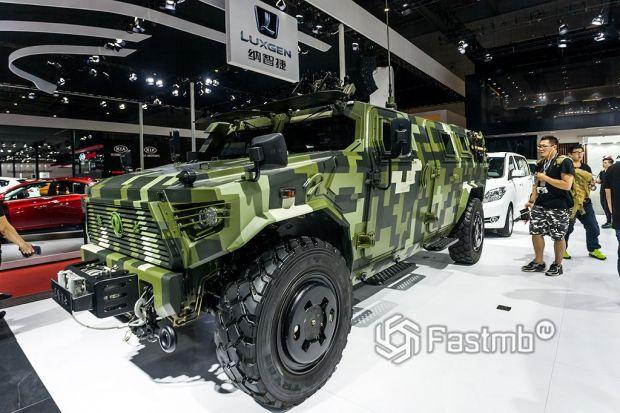 военный автомобиль Dongfeng Armor
