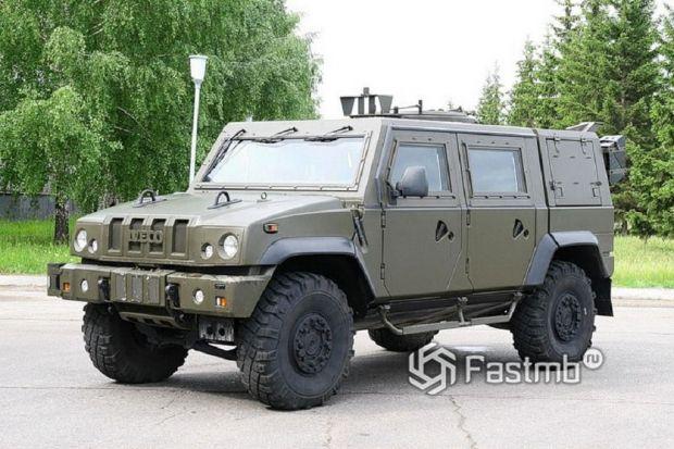 военный автомобиль IVECO LMV