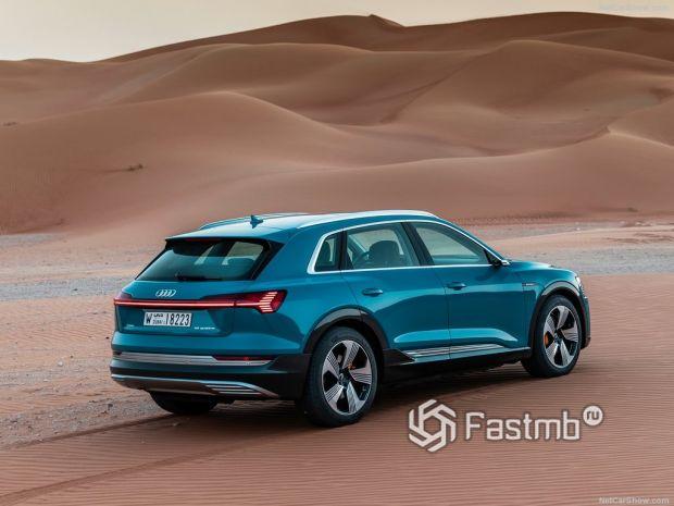 Обзор Audi e-Tron 2020