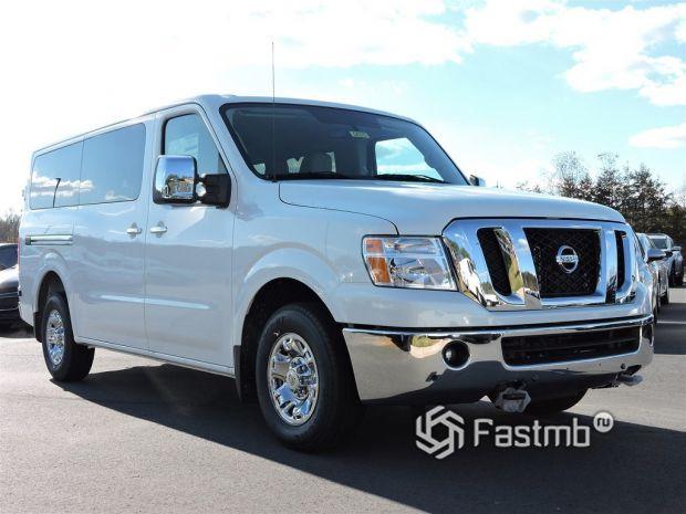 Nissan NV Passenger NV3500 HD SL V8