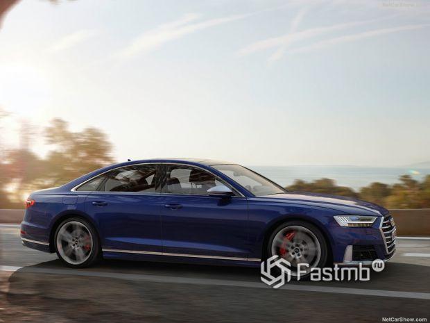Audi S8 2020, вид сбоку справа