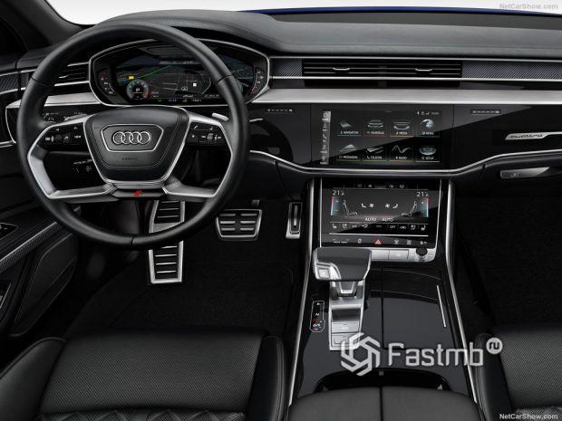 Audi S8 2020, панель управления
