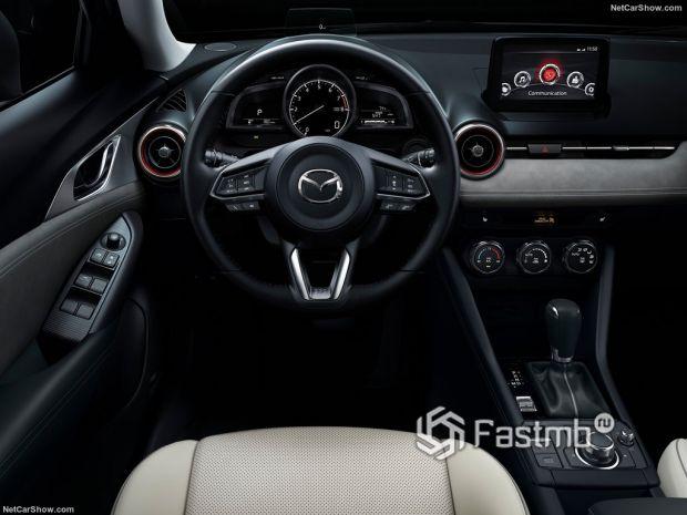 Mazda CX-3 2019, панель управления