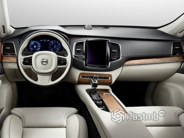Внутреннее оформление Volvo XC90