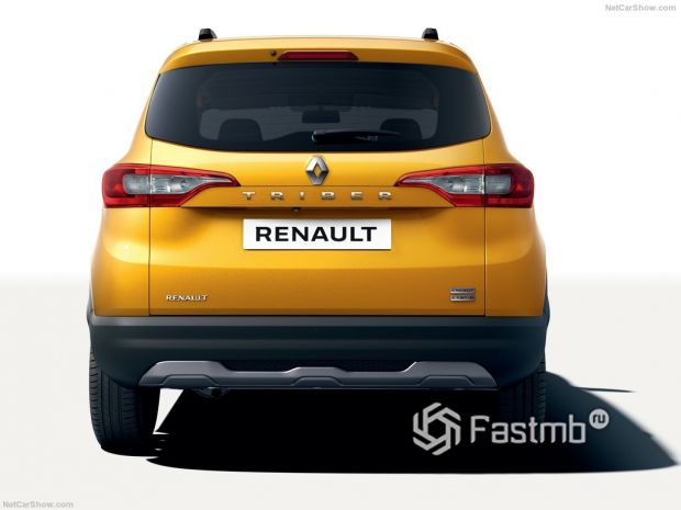 Renault Triber 2020, вид сзади