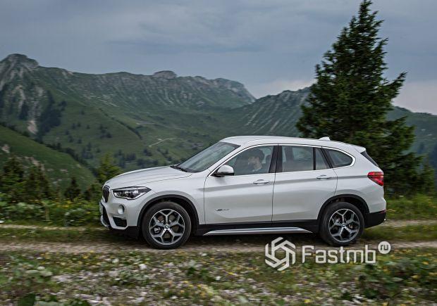 Полноприводный BMW X1 2016