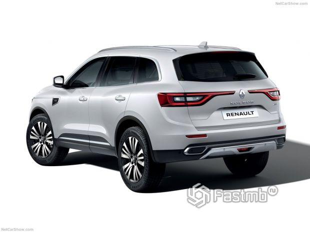 Renault Koleos 2020, вид сзади и сбоку слева