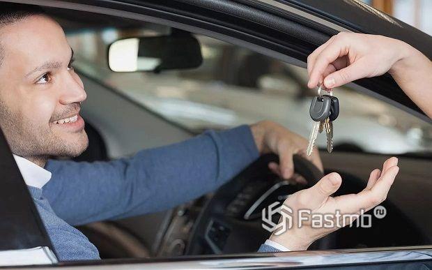 От чего зависит стоимость аренды авто