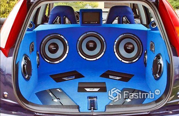 аудиосистемы автомобиля