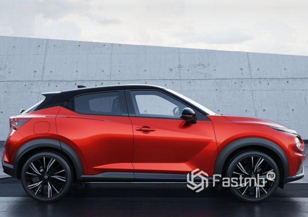 Nissan Juke 2020, вид сбоку