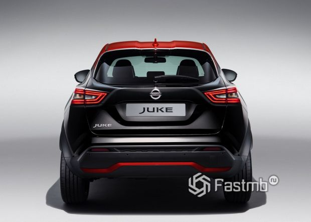 Nissan Juke Premiere Edition, вид сзади