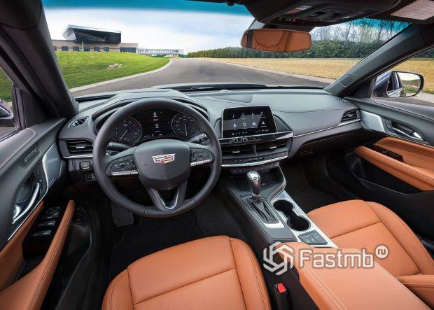 Интерьер нового Cadillac CT4 2020