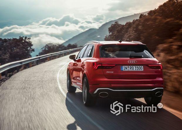 Audi RS Q3 2020, вид сзади