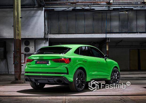 Задняя часть Audi RS Q3 Sportback 2020
