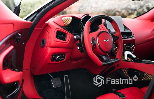 Салон нового Aston Martin DBS GT Zagato