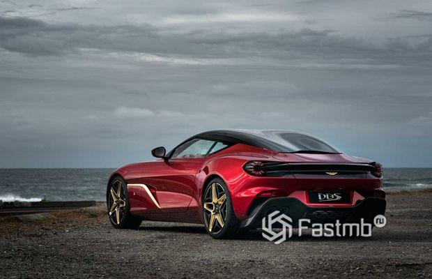 Aston Martin DBS GT Zagato, вид сзади