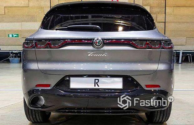 Задняя часть Alfa Romeo Tonale 2021