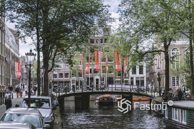 парковка в центре Амстердама