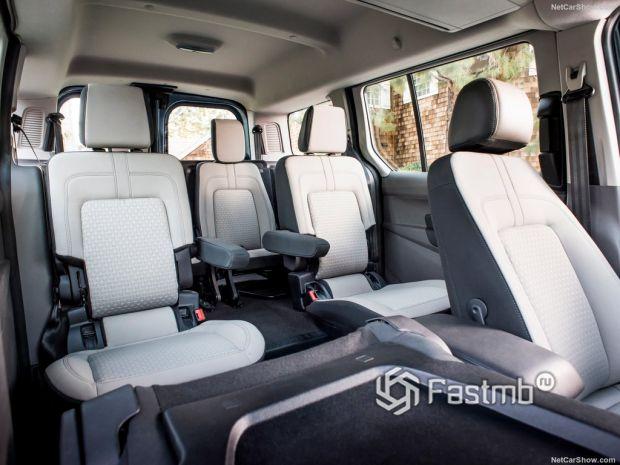 Ford Transit Connect Wagon 2019, сидения