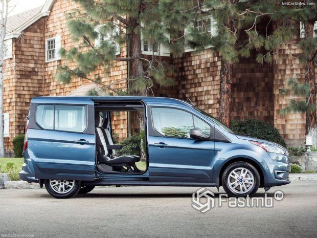Ford Transit Connect Wagon 2019, вид сбоку справа