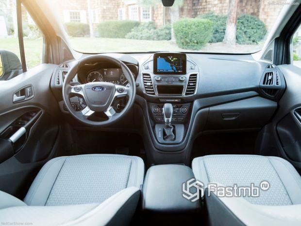 Ford Transit Connect Wagon 2019, руль и панель управления