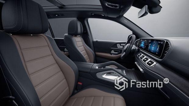 интерьер внедорожника Mercedes-Benz GLS
